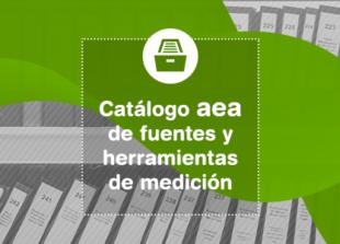 Madrid, 7 de febrero de 2019.-La Asociación Española de Anunciantes (aea) pone a disposición de sus socios -empresas anunciantes- un nuevo servicio de recopilación e identificación de fuentes y herramientas de medición útiles para la optimización de las inversiones publicitarias. Actualmente, este Catálogo aea, ubicado en la web de la asociación, contiene un total de 18 fuentes y 33 herramientas que han sido seleccionadas tras una serie de entrevistas a los asociados y obtener, cada una, al menos tres menciones por su valor, practicidad y utilidad. Este proceso ha sido fruto del trabajo de la Comisión de Expertos de la aea compuesto por Arce Media, Boreal Media, Conento, Ebiquity, Instituto Superior para el Desarrollo de Internet (ISDI), SCOPEN, TNS y Wavemaker. Y, ha contado, asimismo, para todo el proceso técnico de elaboración de fichas técnicas y programación, con la aportación de ODEC. El planteamiento para crear este servicio surge tras detectar desde la asociación la necesidad de los anunciantes de contar con un sistema que clarificara la disparidad de fuentes y herramientas de medición por lo que se decide iniciar las diferentes fases para su desarrollo. Estas sepueden resumir en: entrevistas a anunciantes de diversos sectores y tamaños de empresa para discernir sobre el grado de conocimiento al respecto, diferenciación entre fuentes y herramientas, homogeneización de ficha técnica que recoge la información más importante como empresa, metodología, contacto, etc, y puesta en marcha con la implementación de un buscador. De cara a una posible ampliación de este Catálogo, se abordarán los criterios a seguir con el citado Comité de Expertos aea.